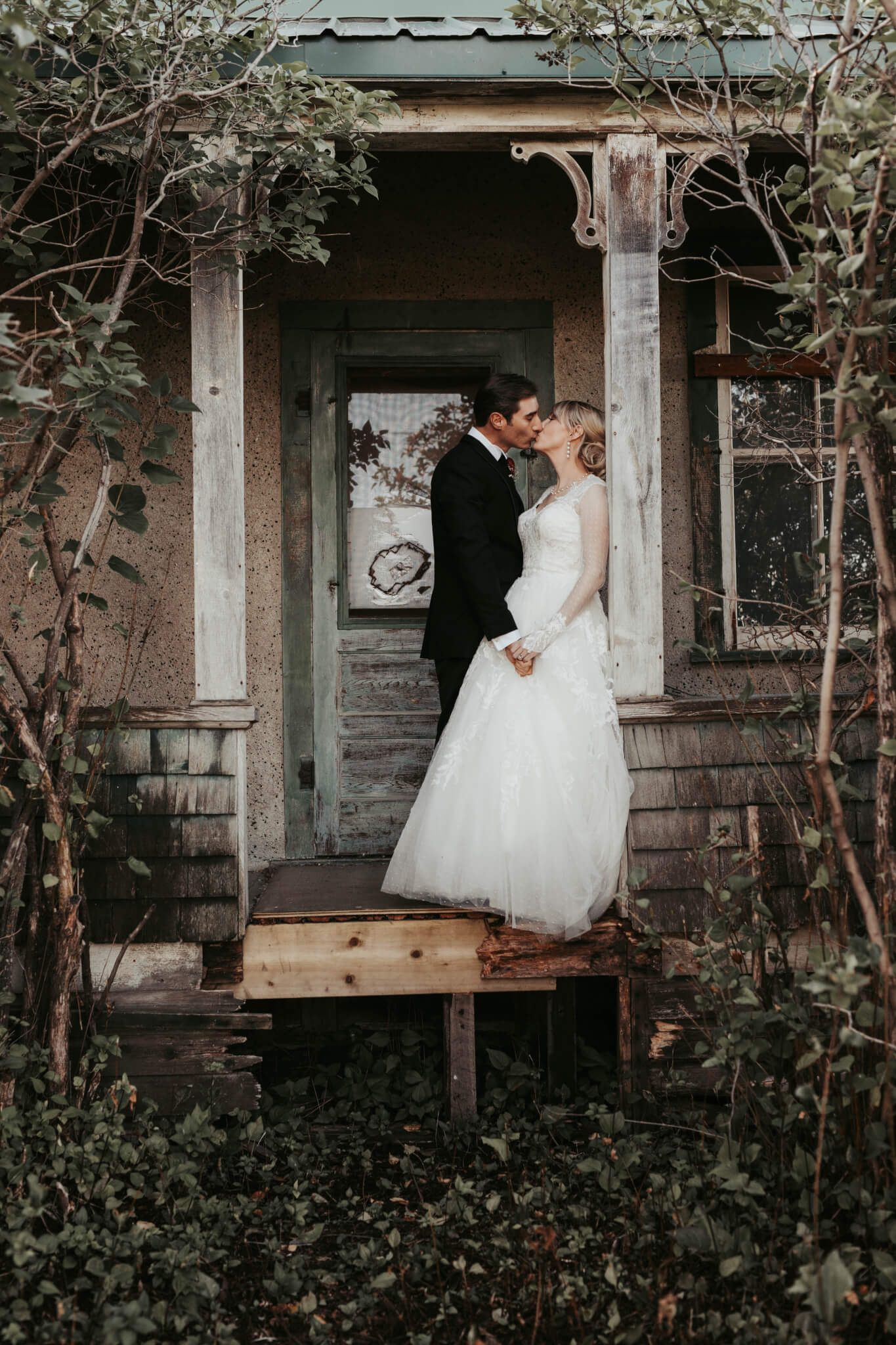 Calgary Okotoks Wedding Photographer