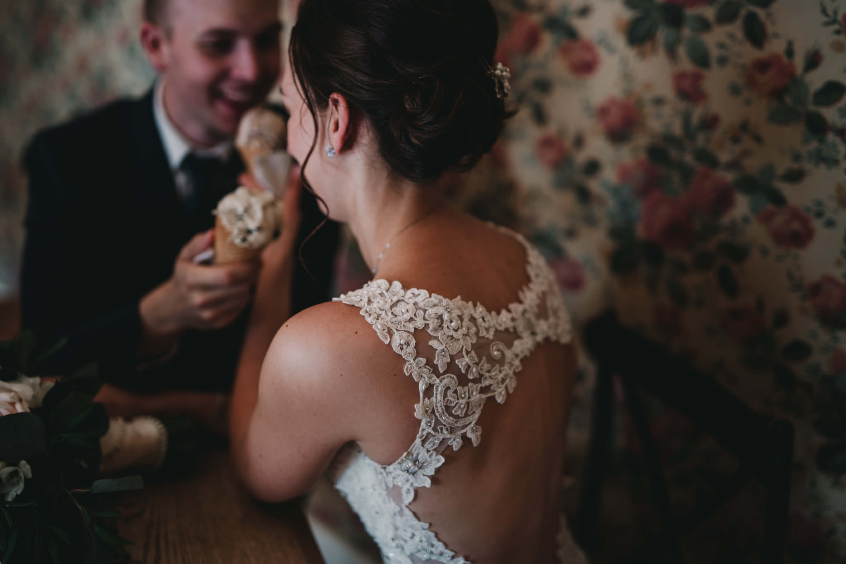 Wedding Photography Tips for Brides | Bride and Groom Eating Ice Cream | Vintage Wedding | Bow Valley Ranche Restaurante | Calgary Wedding Photography