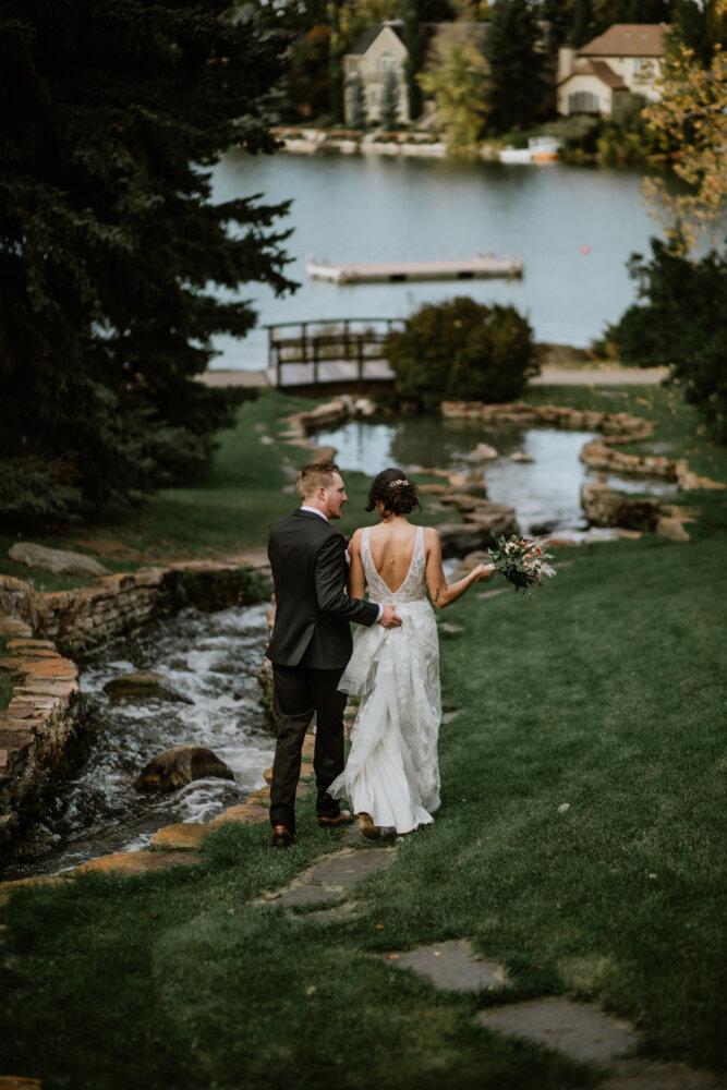 AA Lakehouse Lake Bonavista Backyard Calgary Wedding_Best Wedding Photogaphers_Anita Jeanine Photography_7055
