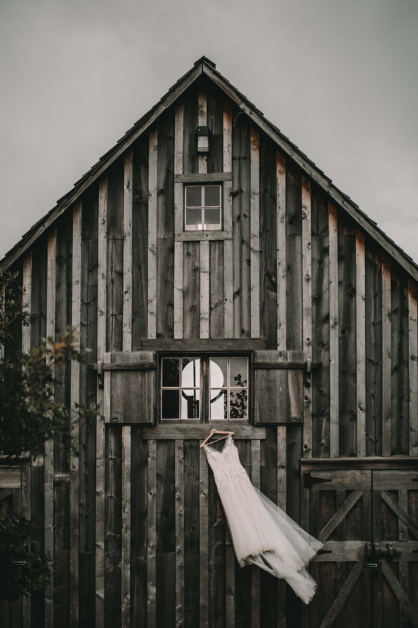 coutts centre for western canadian heritage | coutts centre wedding | nanton photographer | high river photographer